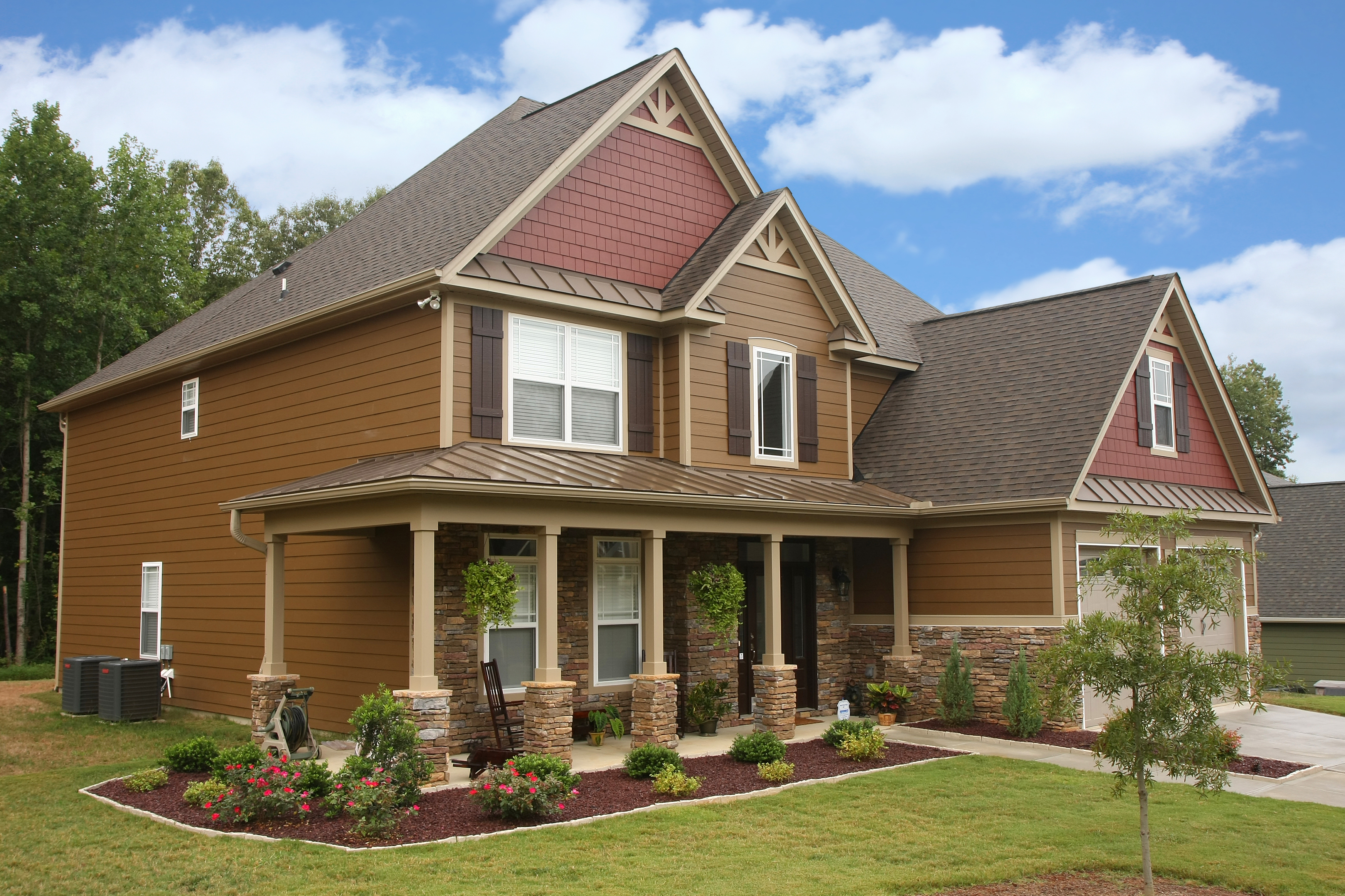 Virginia roofing siding company fiber cement siding for Hardiplank home designs