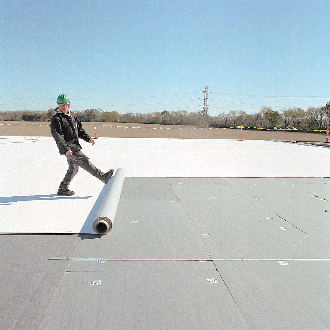 TPO Roofing Material kick out & Virginia Roofing u0026 Siding Company u2013 Thermoplastic Polyolefin (TPO ... memphite.com